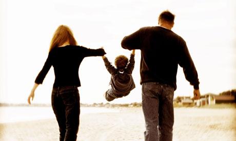 Foreldrar með barn